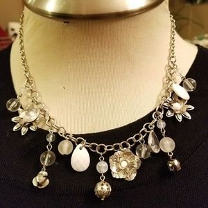 """Jewelry - Cute silver 9"""" necklace"""